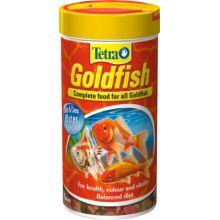 Tetra goldfish flake